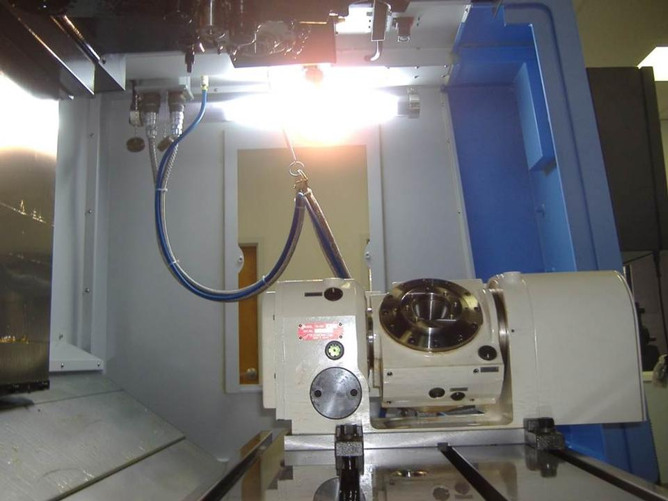 Doosan with Tilting Rotary Table