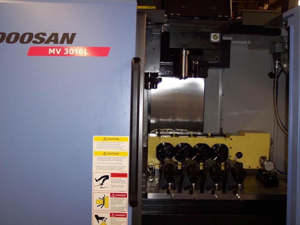 Doosan MV-3016L